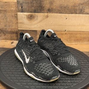 Nike Air Zoom Flyknit Womens sz 9